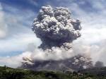 Gunung Api Meletus